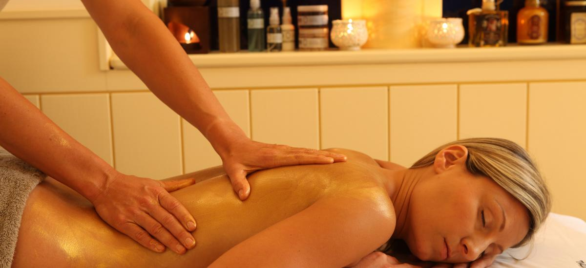 Indulge your body and senses with the Christmas Golden Delight Spa Ritual
